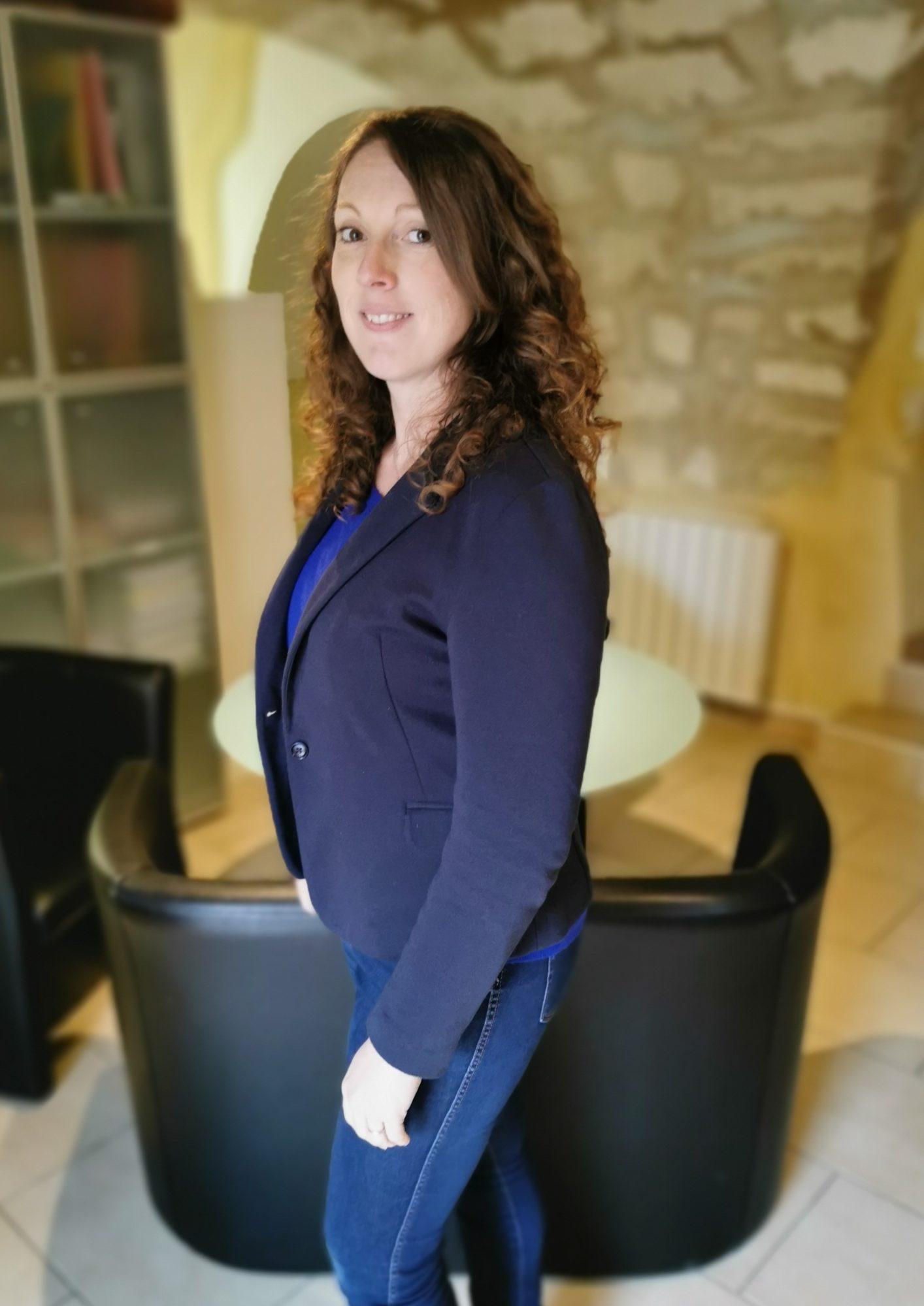 Estelle responsable vente et administration chez AB Foods